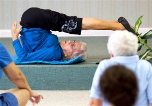 bernice-bates-91-year-old-yogi