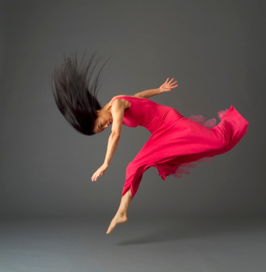 Miki Orihara in Martha Graham's Embattled Garden